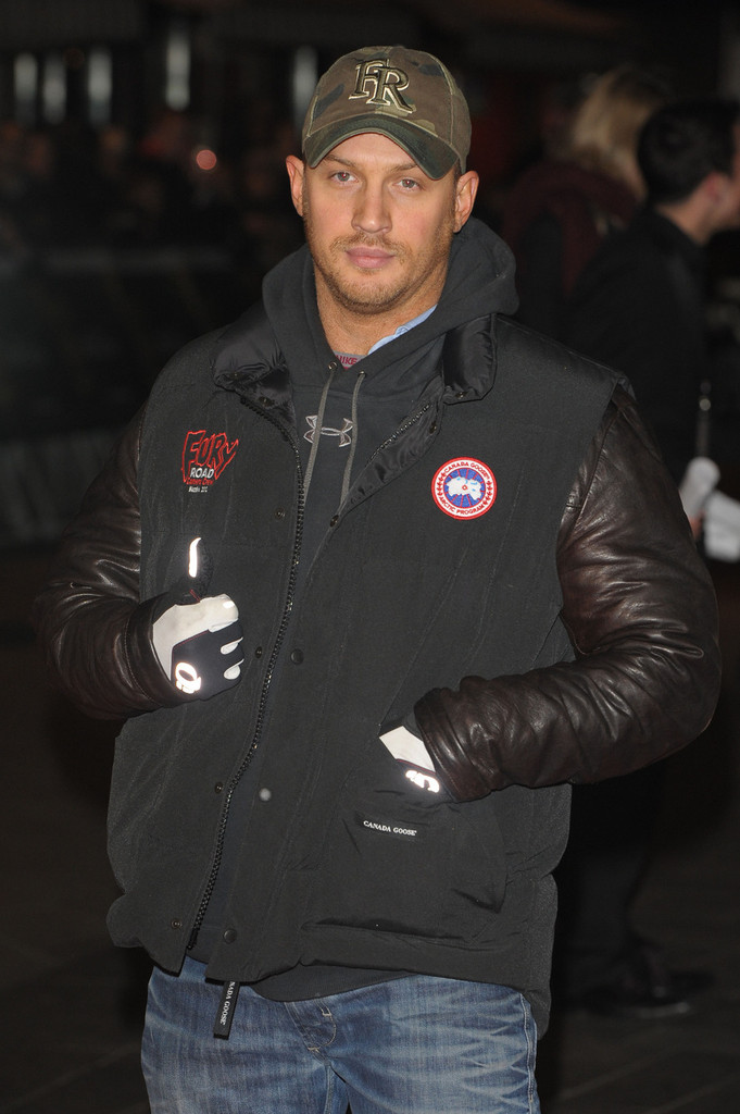 http://www1.pictures.zimbio.com/pc/Tom+Hardy+UK+Premiere+Jack+Reacher+2+vN_3cLWELd2x.jpg