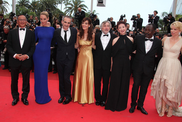"""Uma Thurman at the Premiere of """"Les Biens-Aimes"""" at Cannes"""