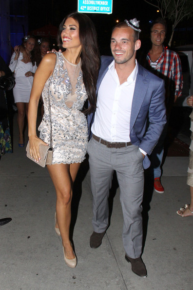 Yolanthe Sneijder-Cabau with passionate, Husband