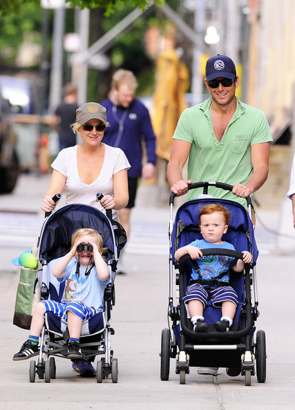 Amy Poehler and Family Out for the Day