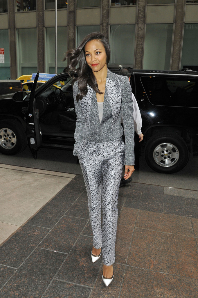 Zoe Saldana Leaves the Sirius Radio Studios