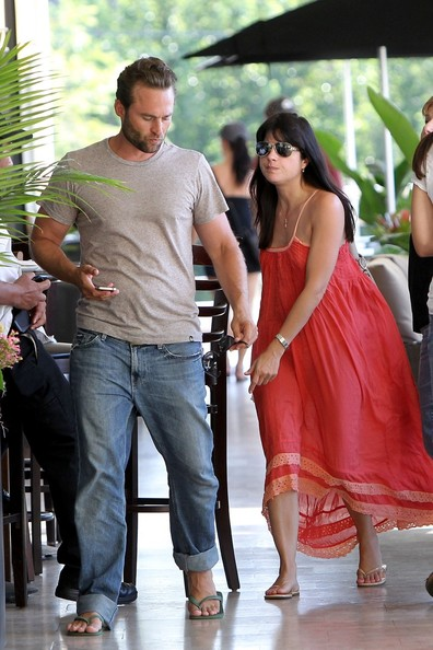Are Selma Blair and David Foster Dating? - Closer Weekly