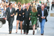 Julia Roberts and Javier Bardem Photos Photo