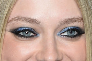 Dakota Fanning Jewel Tone Eyeshadow