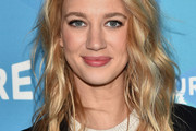Yael Grobglas Long Wavy Cut