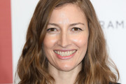 Kelly Macdonald Medium Wavy Cut