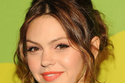 Aimee Teegarden Bobby Pinned updo