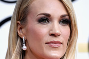 Carrie Underwood Medium Straight Cut