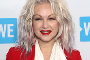 Cyndi Lauper Medium Wavy Cut