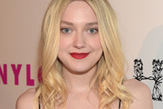 Dakota Fanning Long Wavy Cut