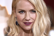 Naomi Watts Asymmetrical Cut