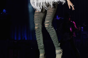 Carrie Underwood Ripped Jeans