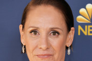 Laurie Metcalf Short Side Part