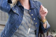 Reese Witherspoon Oversized Pendant Necklace