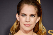 Anna Chlumsky Long Side Part