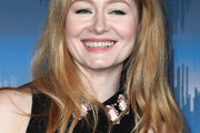 Miranda Otto Long Wavy Cut