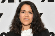Abbi Jacobson Medium Wavy Cut