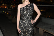 Melissa Rauch One Shoulder Dress