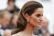 Izabel Goulart Retro Hairstyle