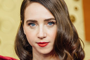 Zoe Kazan Medium Wavy Cut