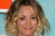 Kaley Cuoco Curled Out Bob