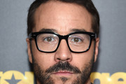 Jeremy Piven Short Side Part