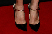 Julianne Moore Pumps