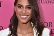 Cindy Bruna Long Wavy Cut
