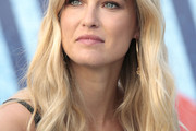 Bar Refaeli Long Wavy Cut