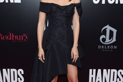 Ana de Armas Off-the-Shoulder Dress