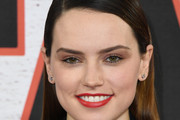 Daisy Ridley Long Straight Cut