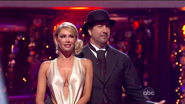 Dancing with the Stars – Season 15, Episode 4 []
