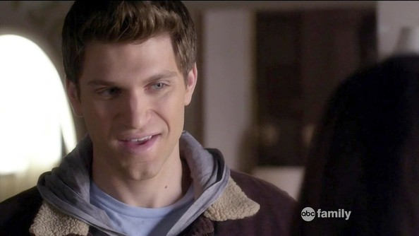 Keegan Allen Pretty Little Liars [OLD] project_cascade'...