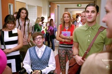 Kevin McHale Darren Criss Glee Season 4 Episode 1